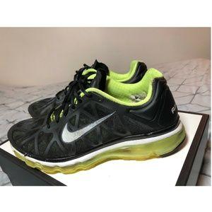 B40 Nike Air Max Mens Running Shoes sz 11.5 Black